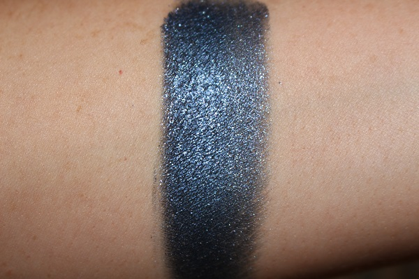 Midnight Lid Lustre Swatch