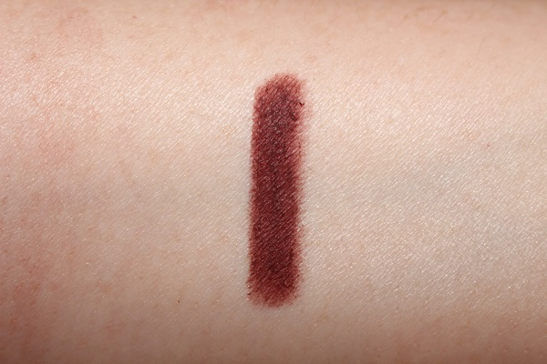 Charlotte Tilbury Pillow Talk Eyeliner Swatch