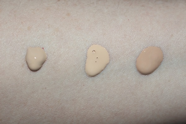 BY TERRY Hyaluronic Hydra Foundation Swatches - 200N, 200W, 300C