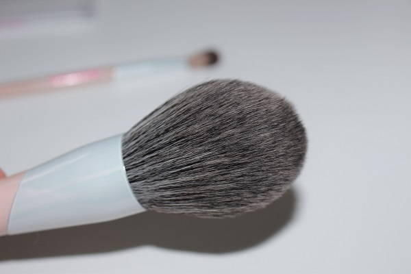 beautyblender Big Boss brush