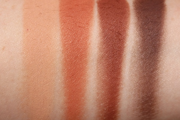 Charlotte Tilbury Desert Haze Luxury Palette of Mattes Swatches