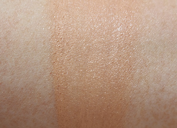 Dior Forever Summer Skin Foundation Swatch - Fair Light