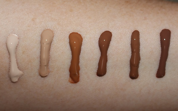 Tom Ford Glow Tinted Moisturizer SPF15 Swatches 1.4 Bone, 5.7 Dune, 9.5 warm almond, 11.0 Dusk, 11.4 Warm Nutmeg, 12.0 Macassar
