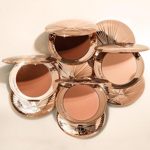 Best Makeup 2021 - Charlotte Tilbury Airbrush Bronzer