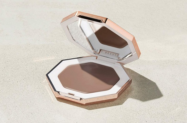 Best Makeup 2021 - Fenty Beauty Cheeks Out Freestyle Cream Bronzer