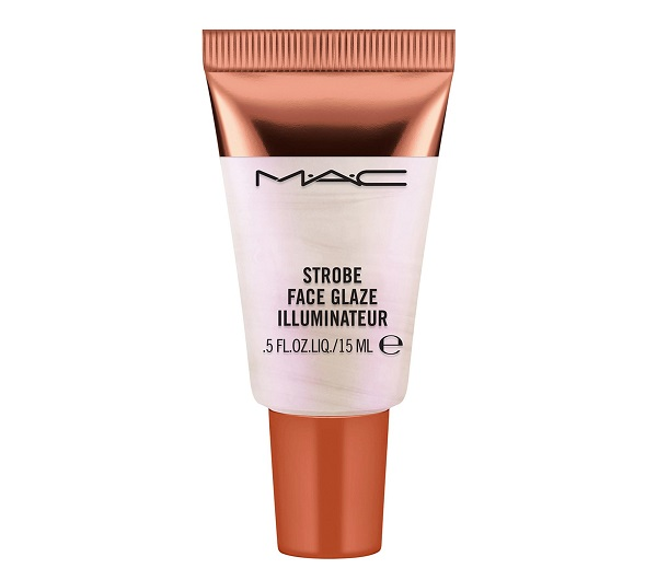 Best Makeup 2021 - MAC Strobe Face Glaze