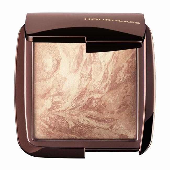Best Makeup 2021 - Hourglass Ambient Lighting Infinity Powder