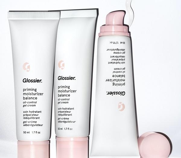 Best Makeup 2021 - Glossier Priming Moisturizer Balance