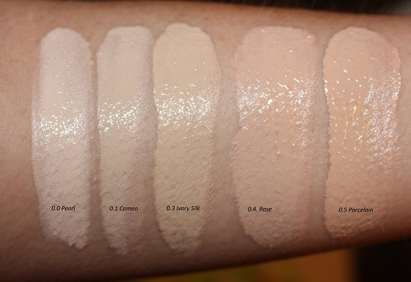 Tom Ford Traceless Soft Matte Foundation Swatches: Pearl, Cameo, Ivory Silk, Rose, Porcelain