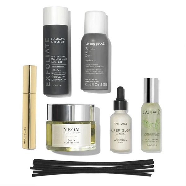 What's in the Space NK Beauty Box : Essential Box For Her